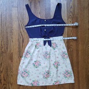 Solemio Dresses - Solemio Tie Waist Floral Sleeveless Dress Medium